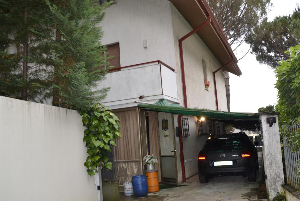 Villa via orlando studio tecnico immobiliare gorizia for Subito it gorizia arredamento